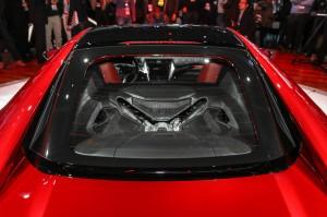2016-acura-nsx-rear-engine